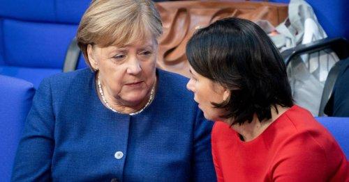 Baerbock und Merkel: Ein Fernduell auf dem Kirchentag