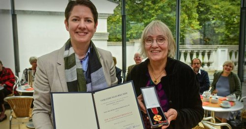 Bundesverdienstkreuz: Kleverin erhält Verdienstmedaille
