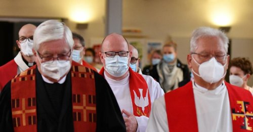Gottesdienst in Radevormwald: Feierliche Einführung für neuen Pastor