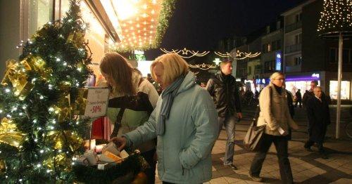 Weihnachtseinkäufe in Wesel: Die Maske muss mit