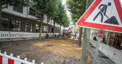 Fußgängerzone in Grevenbroich: Der Synagogenplatz ist jetzt eine Baustelle