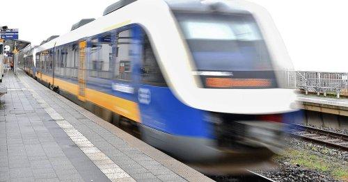 """Zugausfälle zwischen Kleve und Düsseldorf: RE 10: Warnung vor """"Chaos-Wochenende"""""""