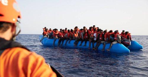 """""""Drohende unmenschliche und erniedrigende Behandlung"""": Rückführung von Flüchtlingen nach Italien untersagt"""