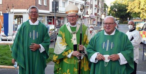 Kirche in Neuss: Heimspiel für kritisierten Erzbischof Woelki