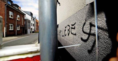 """Diskussion über Fachstelle für Demokratie in Moers: """"Der Feind steht rechts"""""""