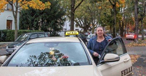 """""""Biggi"""" aus Neuss: Auf Tour mit der singenden Taxifahrerin"""