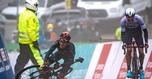 Ex-Tour-Sieger fällt auf nasser Straße: Kurioses Rad-Finale - Thomas stürzt kurz vor Ziel und verpasst Sieg