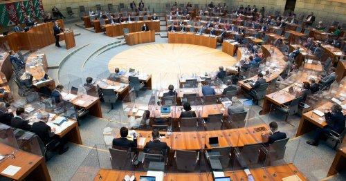 Umfrage vor Landtagswahl 2022: Seit Jahren wieder Mehrheit für Rot-Grün in NRW