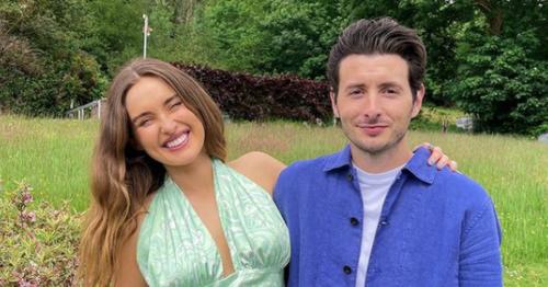 Rozanna Purcell takes three day trip of Waterford in boyfriend Zach's van