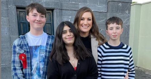 Elaine Crowley stuns at Confirmation as she shares sweet snaps from trip home