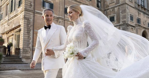Princess Diana's niece Kitty Spencer wore 5 dresses marrying billionaire (62)