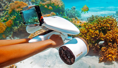 Experience the underwater life with WhiteShark's underwater scooter