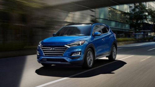 Hyundai Tucson 2020 is a mid range SUV with a lot to offer