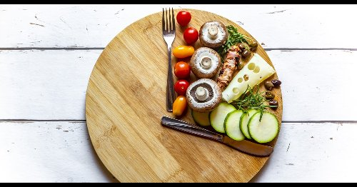 4 tips to keep an intermittent fasting diet on track