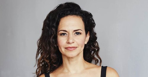 'Hamilton' Broadway star Mandy Gonzalez wants young people to be 'Fearless'