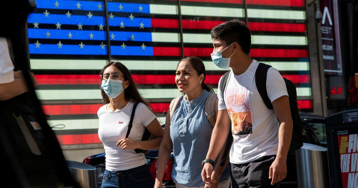New CDC mask guidance gets mixed reactions — and not just from the GOP