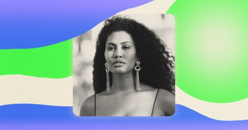 Meet Leyna Bloom, the 1st trans woman of color in Sports Illustrated's swimsuit issue
