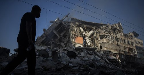 Israeli ground forces join attacks on Gaza as conflict intensifies