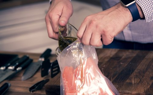 Sous vide guide: How it works and best recipes to get started