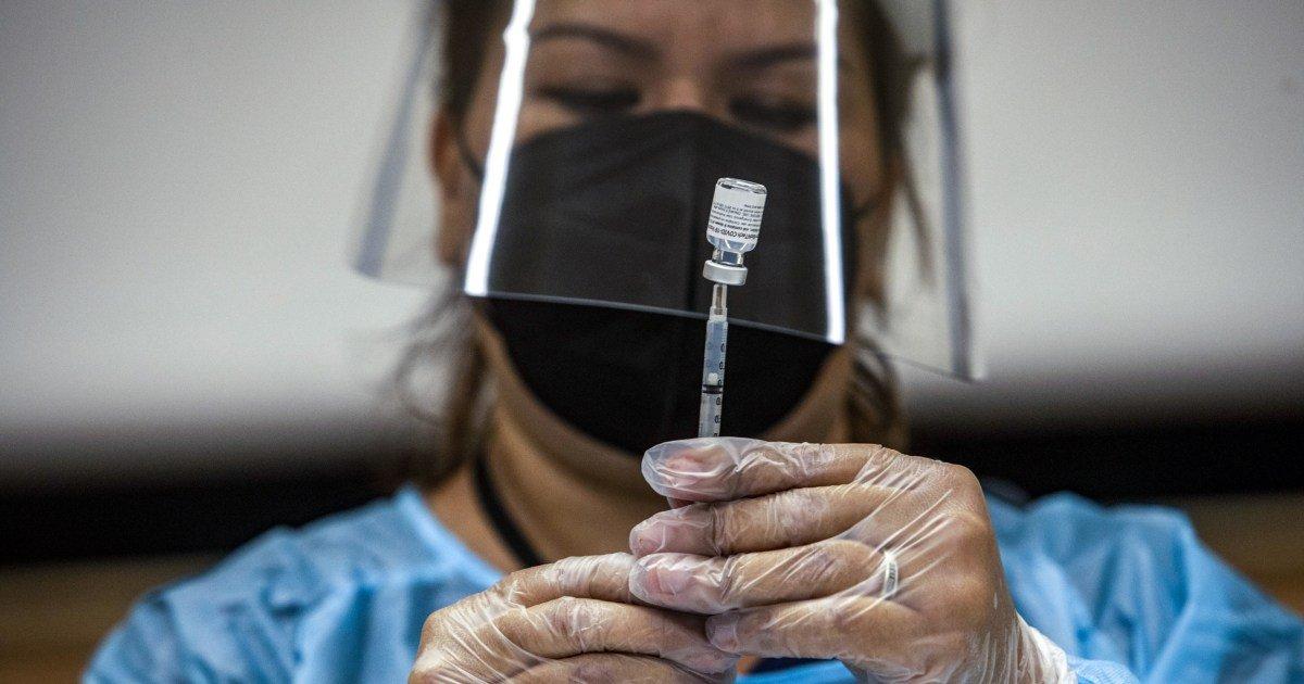 Corporate America reacts to Biden's vaccination mandate