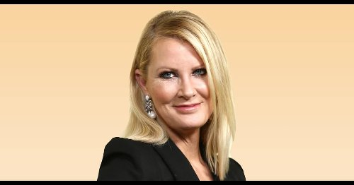 '17 pounds down': Sandra Lee combines walking and fasting to lose weight