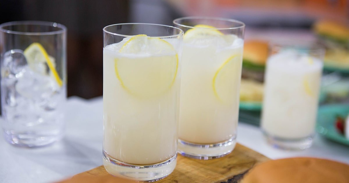Take lemonade to the next level by grilling the lemons