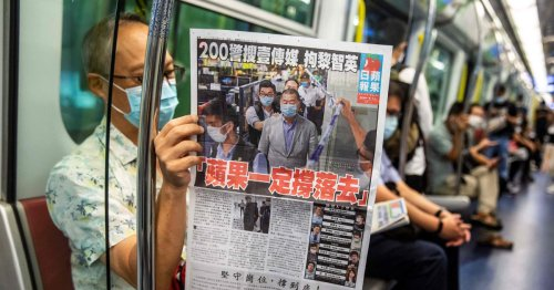 Hong Kong pro-democracy tabloid Apple Daily to print last edition on Thursday