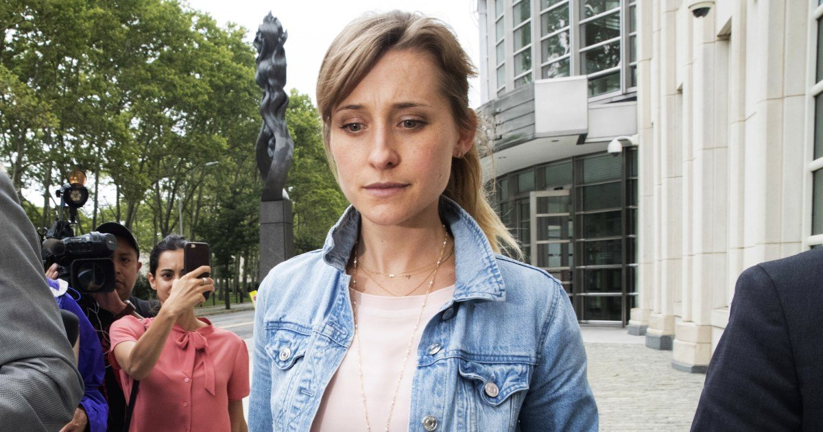 'Overwhelming shame': Allison Mack apologizes as sentencing looms in NXIVM sex cult case