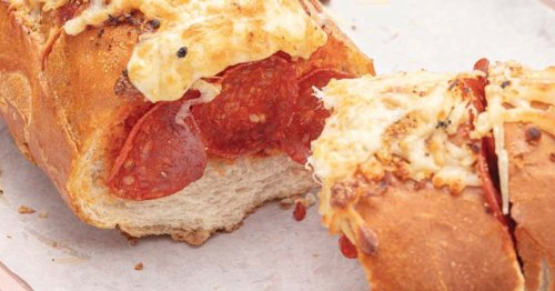 The viral pizza baguette from TikTok is a super simple weeknight recipe