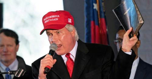 Pro-Trump lawyer Lin Wood under investigation for possible voter fraud in Georgia