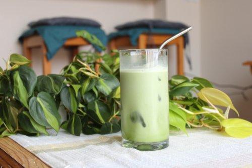 Easy Iced Matcha Latte Recipe