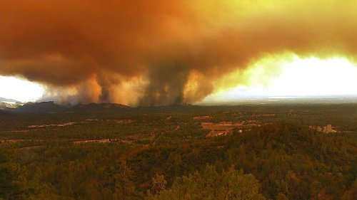 Fast-moving wildfire forces evacuations in Redding; Bay Area woman suspected of arson