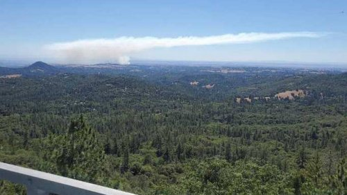 Evacuations lifted in Amador County after Goose Fire briefly threatens homes near Ione