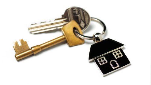 Looking for a place to rent in Sacramento? How to avoid online scams, fake listings