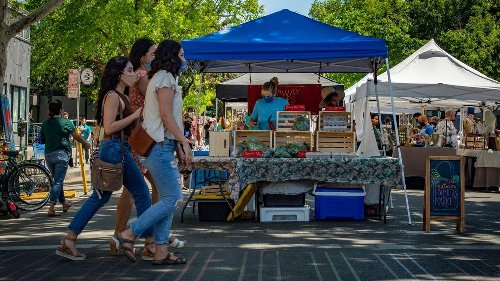 Midtown Farmers Market expands along K Street in Sacramento with plans to add more vendors