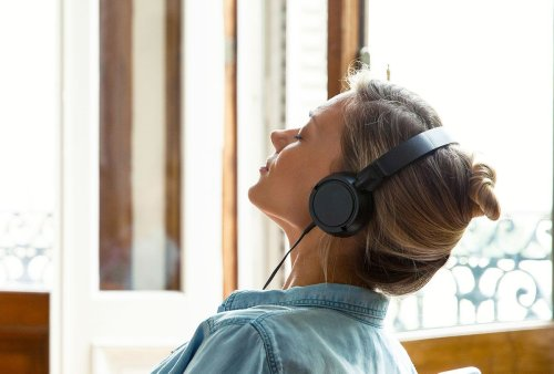 """Even """"low-level"""" noise is unhealthy: A neuroscientist explains how sound and health are connected"""