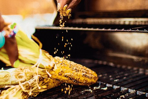 How to grill perfectly juicy, charred corn