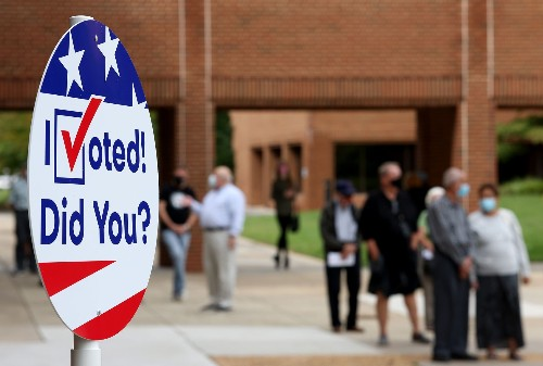 Federal judge bars Ohio from limiting ballot sites to one per county