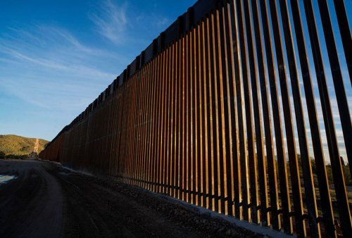 """Greg Abbott promised """"transparency"""" for border wall funding — but donors clearly using fake names"""