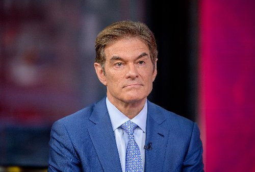 """Backlash to Dr. Oz hosting """"Jeopardy!"""" grows: Past contestants protest, angry fans call for boycott"""