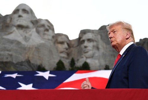 "Trump's unhinged, tone-deaf list of ""American heroes"" is a fitting emblem of his presidency"