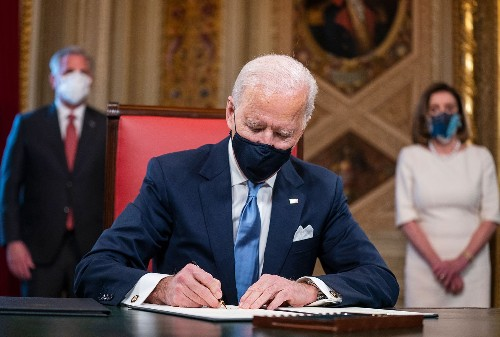 Medical experts hail President Biden's early and aggressive COVID-19 push