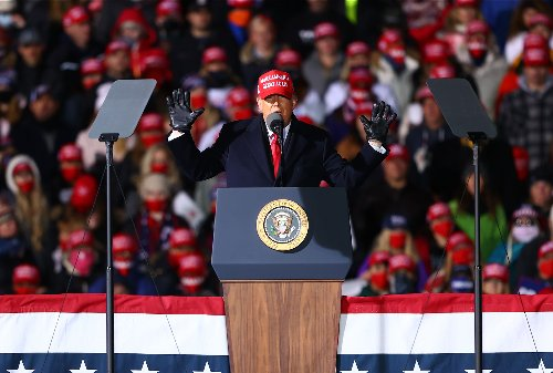 Trump defies custom by not giving National Archives records of his speeches at political rallies