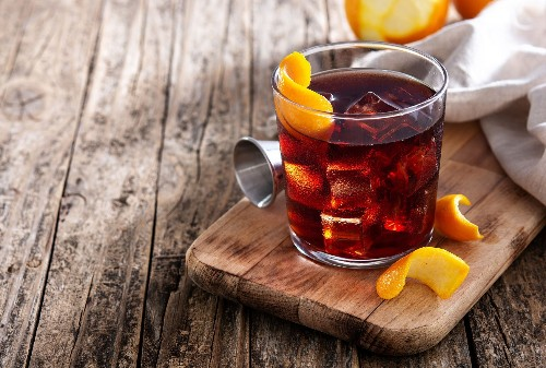 How to make a Boulevardier, a delicious bourbon Negroni with a high-flying backstory