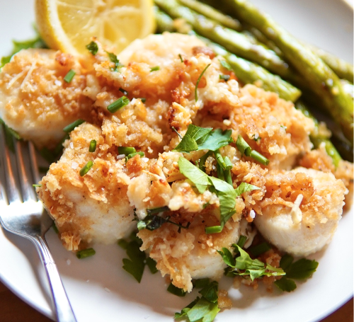 This easy baked scallops recipe turns out perfectly every time