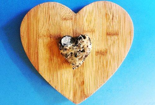 Three-ingredient Oreo fudge is a nostalgic treat that tastes like milk and cookies