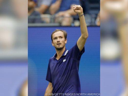 Medwedew macht Djokovic Strich durch Rechnung