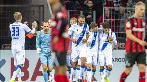 Leverkusen gegen Karlsruhe raus - Union zittert sich weiter