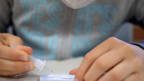 Corona: RKI meldet neue Zahlen ++ Neuinfektionen und Inzidenz steigen
