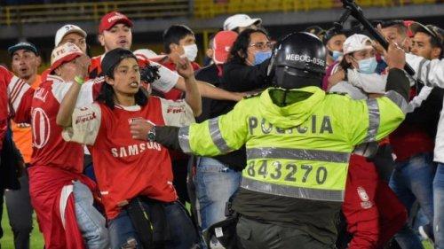 Rückkehr von Fans in Kolumbien von Gewalt überschattet